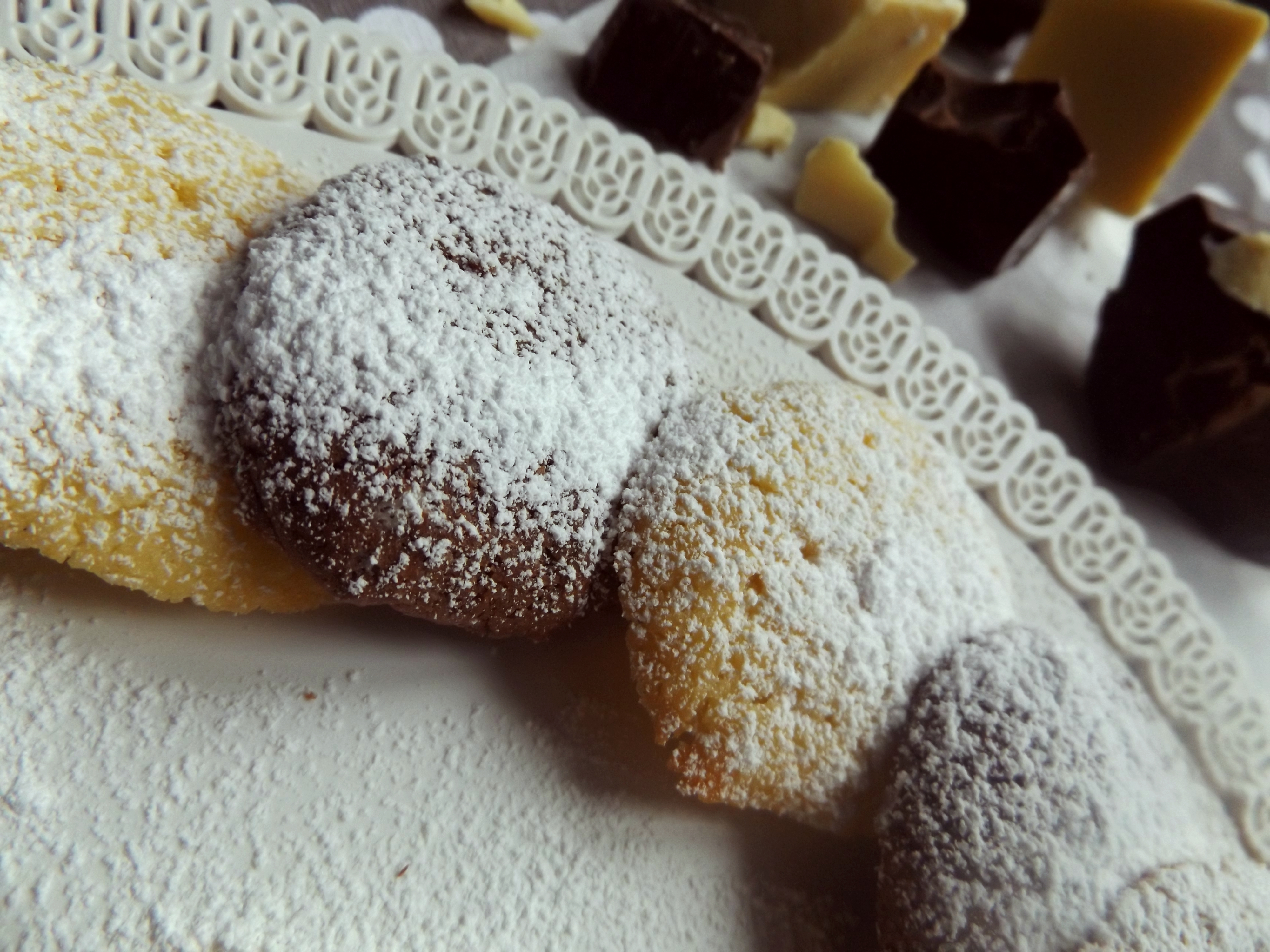 Soft biscuits with white and dark chocolate