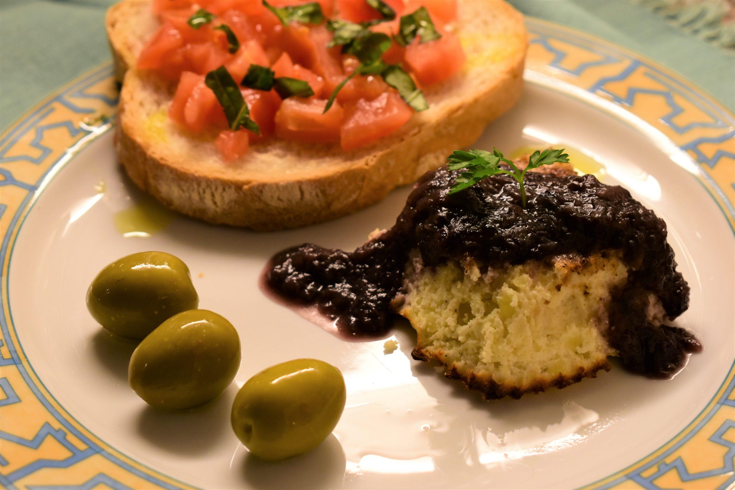 Ricotta and potatoes flan with radicchio sauce