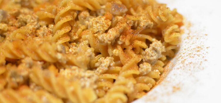 Pasta with chicken white ragù