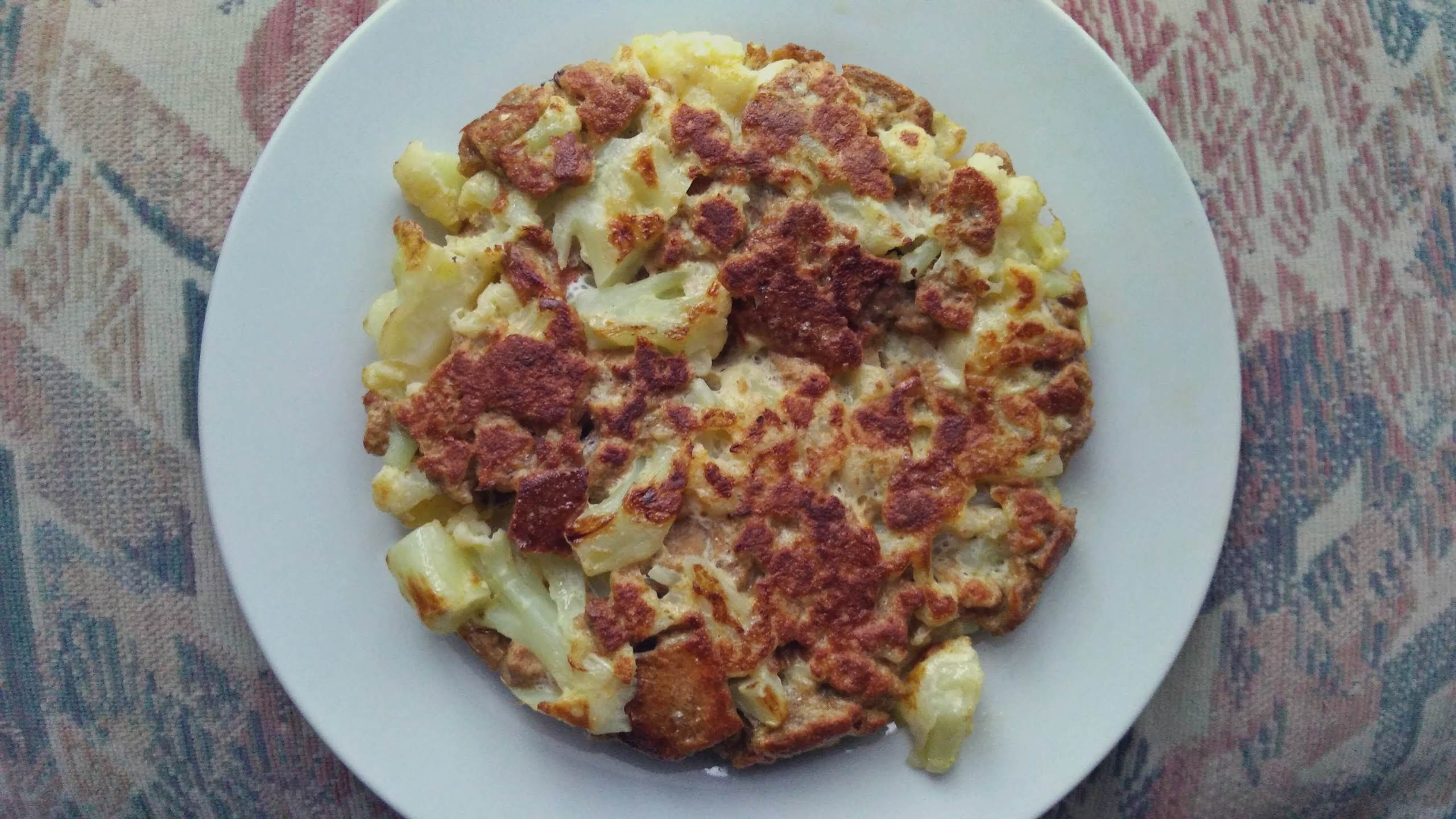 Cauliflower and bread omelette