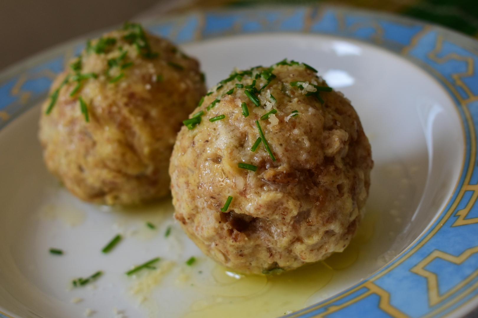 Easy vegetarian Canederli