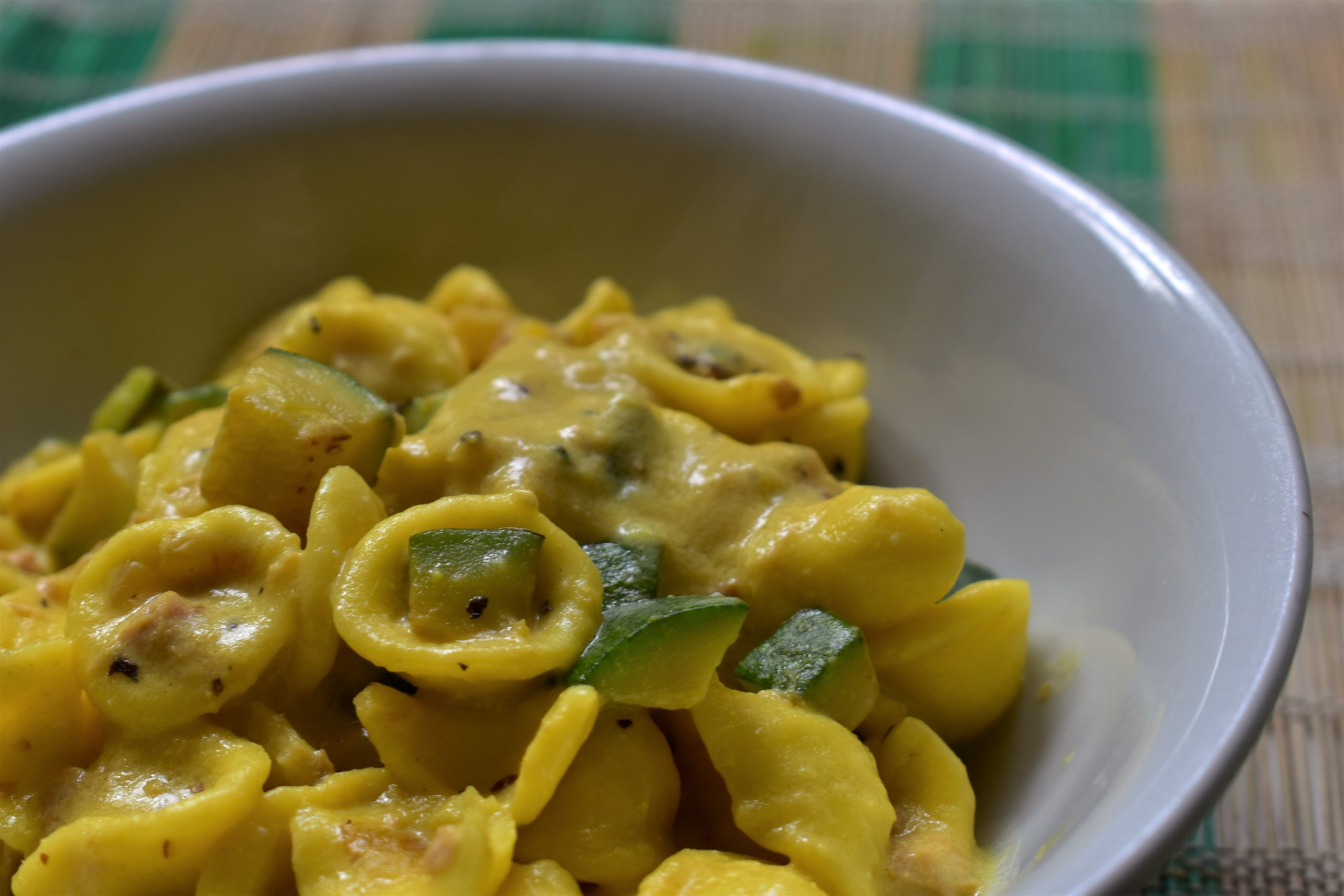 Orecchiette with saffron, zucchini and tuna