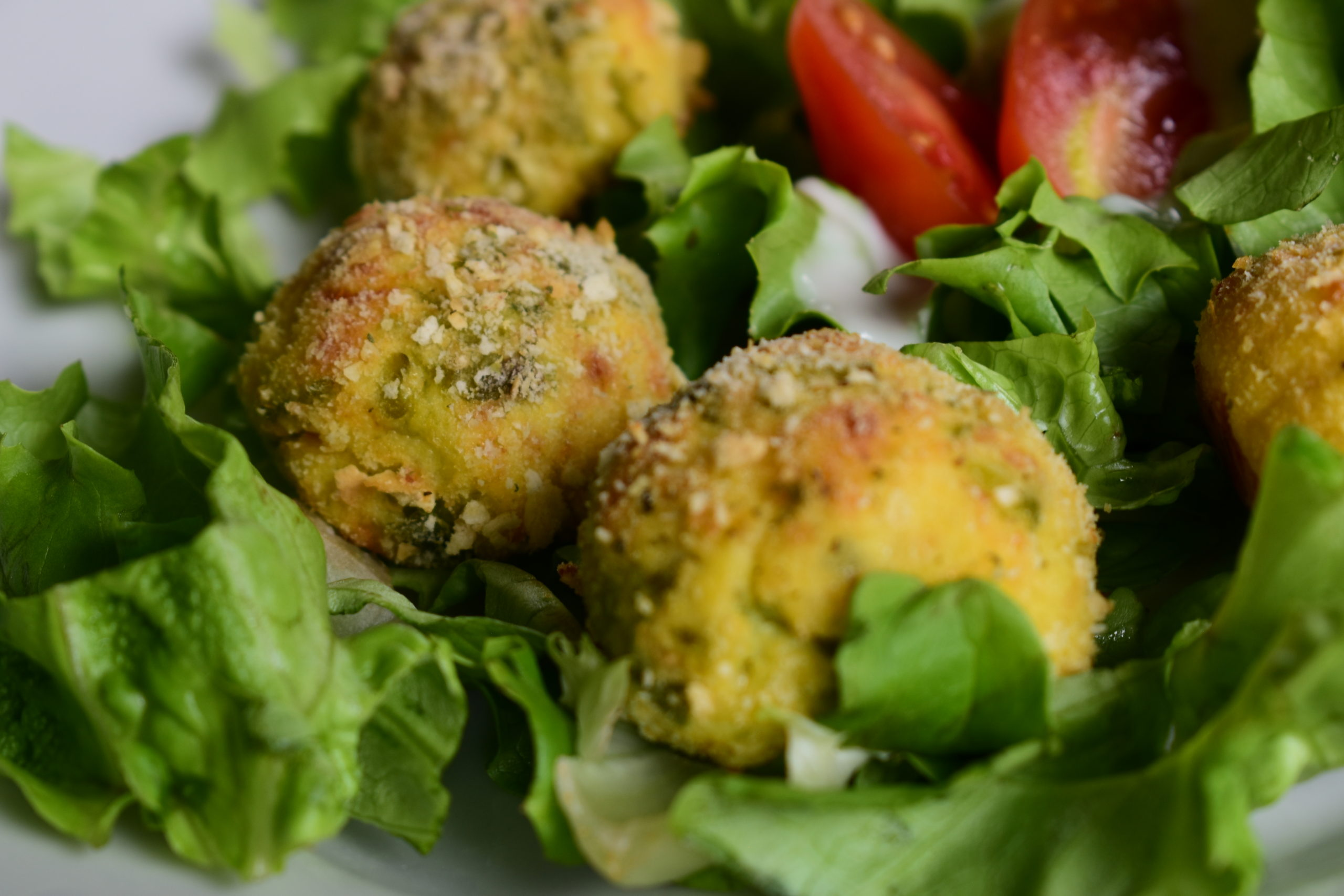 Croquetes of potatoes, ricotta and green beans